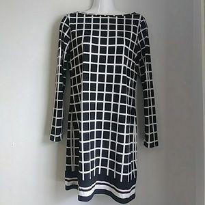 Michael Kors black & white tunic